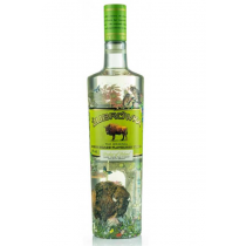 Zubrowka Bison Grass Flavoured Vodka 40%.